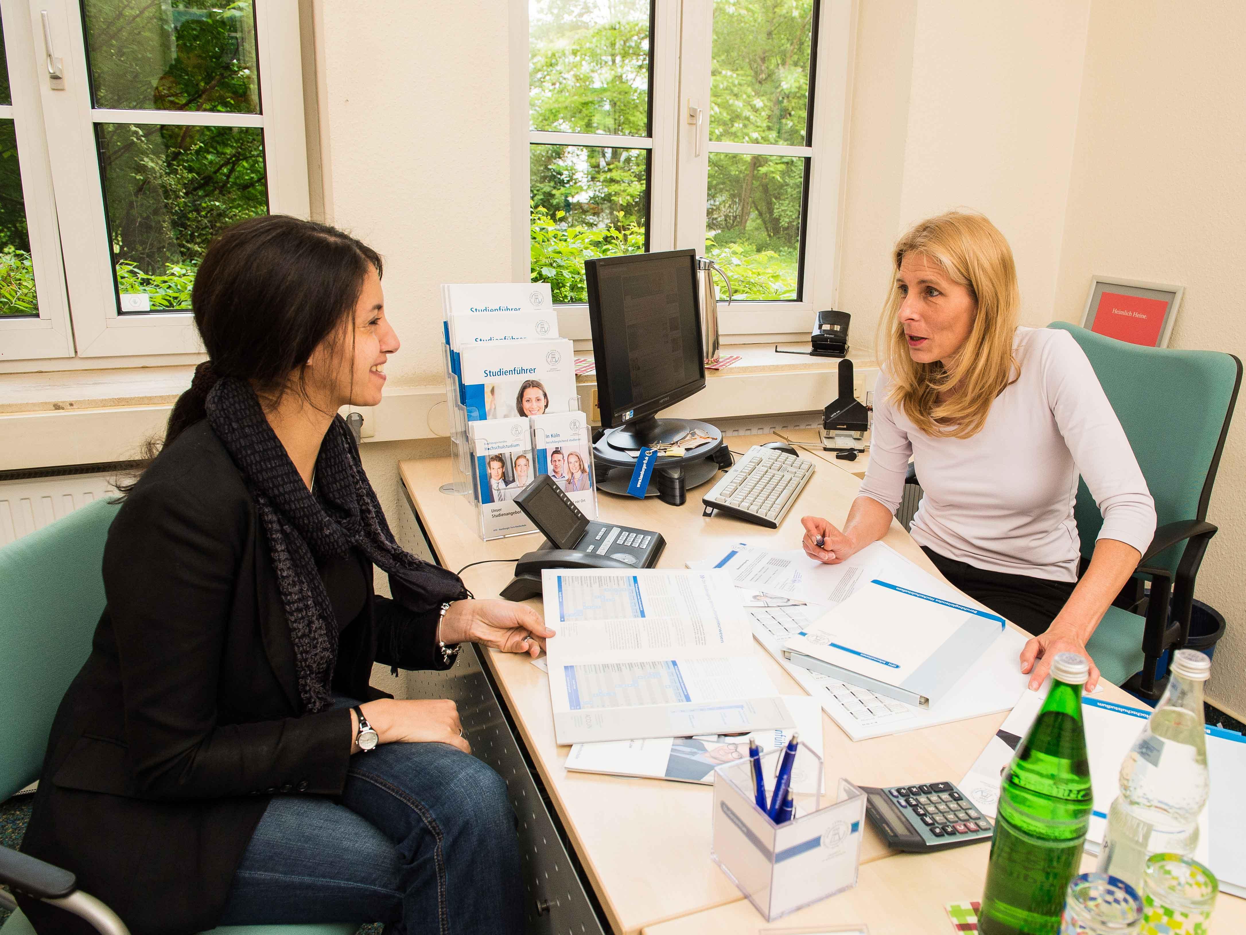Studium ohne abitur berufsbegleitend studieren an der hfh for Ohne abitur studieren